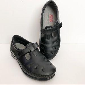 SAS shoes black cut out velcro closure